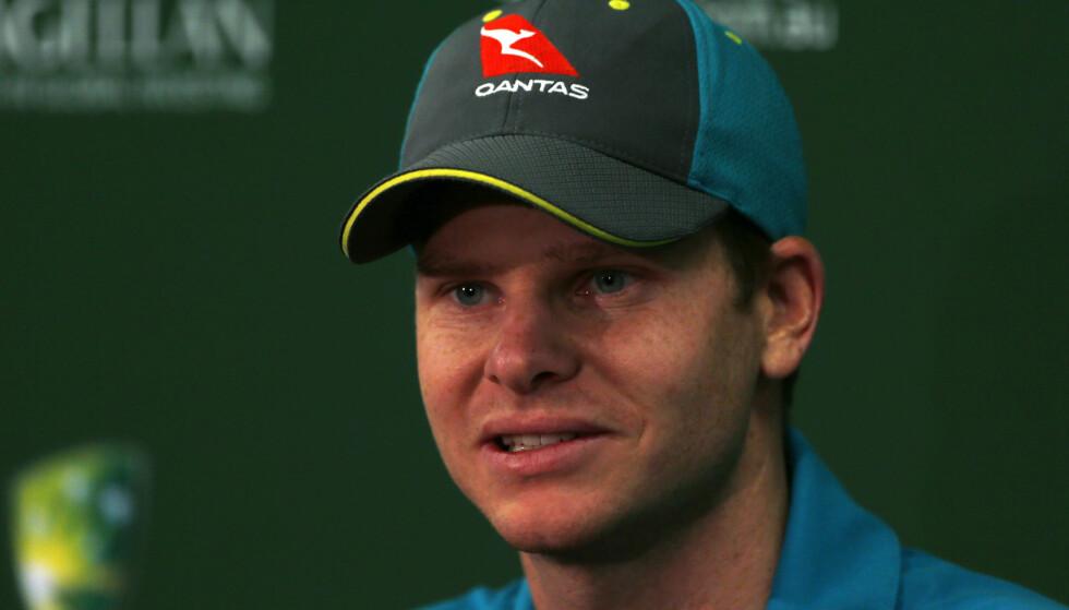 JUKSERE: Australias kaptein Steve Smith er utestengt i ett år. Foto: AFP PHOTO