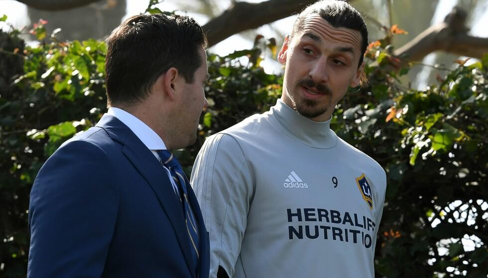 GLEDER SEG: Zlatan Ibrahimovic (til høyre) er på plass i Los Angeles Galaxy. Foto: NTB scanpix