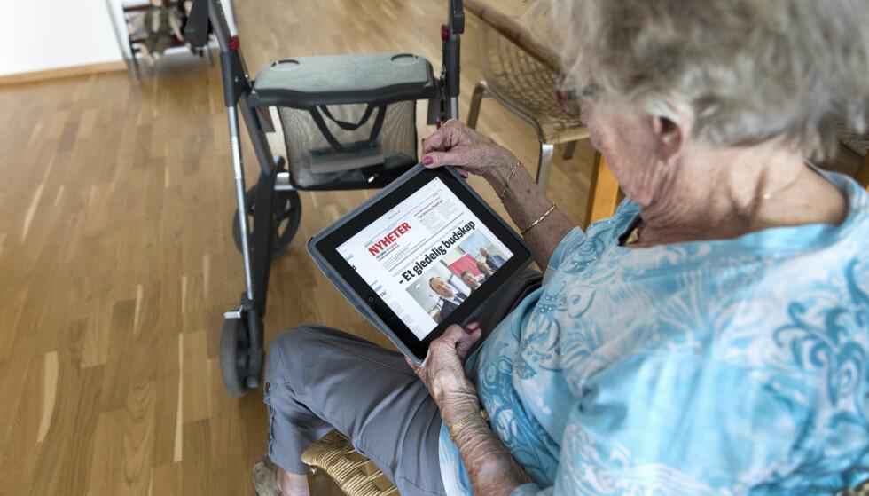 FRAMTIDA: Fra 2025 skal all skriftlig kommunikasjon med det offentlige skje digitalt, mener Høyre. Pensjonistforbundet er bekymret, og mener det skjer for tidlig. Foto: Gorm Kallestad / NTB scanpix
