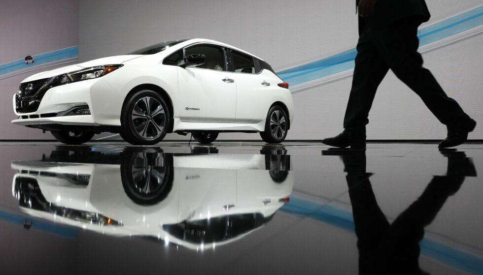 STORSELGER: Det ble solgt mer enn 2100 nye Nissan Leaf i mars. Foto: Reuters / NTB scanpix