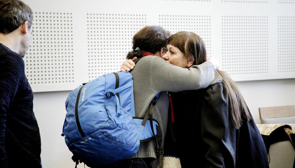 KAN HAVNE I FENGSEL: Den 46-årige tiltalte kvinnen (t.v.), her tidligere med forsvarer Ann Turid Bugge. Foto: Nina Hansen / Dagbladet
