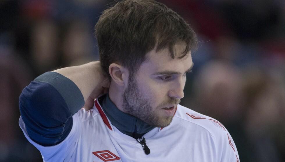 TUNGT: Skip Steffen Walstad og de norske curlingherrene røk ut av VM. Foto: Jonathan Hayward/The Canadian Press via AP