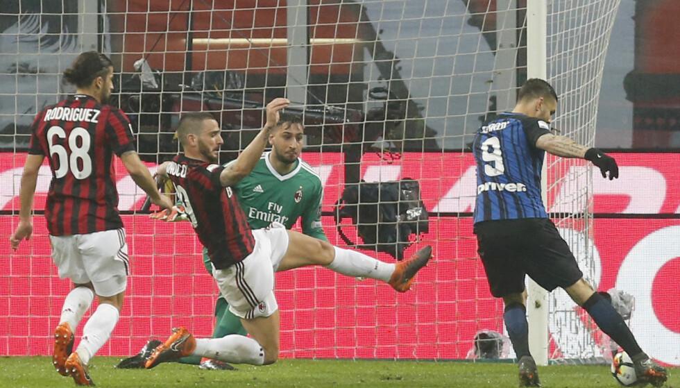 ANNULLERT MÅL: Mauro Icardi var hårfint i offside før scoringen. Foto: AP Photo/Antonio Calanni/NTB Scanpix
