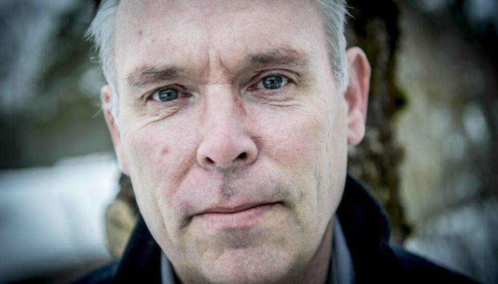 FØRST UT: Morten Kvelle var den første pasienten til å bli operert av roboten «Da Vinci xi» ved Sykehuset i Vestfold. Foto: Thomas Rasmus Skaug