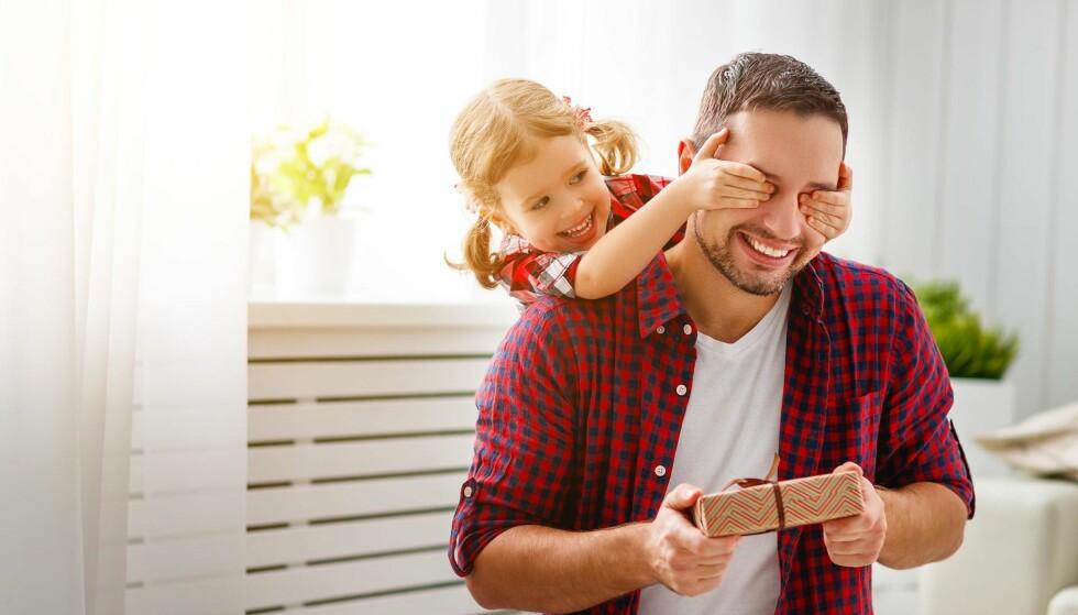 FORSKJELLSBEHANDLING: De fleste foreldre i landet vårt er faktisk gode og ansvarlige omsorgspersoner. Likevel har Stortinget gitt oss en lov som i utgangspunktet setter den ene forelderens omsorgsbetydning langt over den andres, skriver artikkelforfatteren. Illustrasjonsfoto: NTB scanpix
