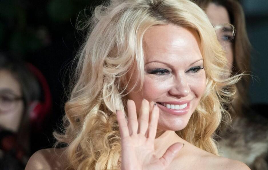 VERDENSSTJERNE: Pamela Anderson har hatt en svært suksessrik karriere. Det var Playboy som startet eventyret for den kanadisk-amerikanske modellen. Det var ikke bare karrieren som ble endret av det aller første Playboy-oppdraget. Foto: NTB scanpix