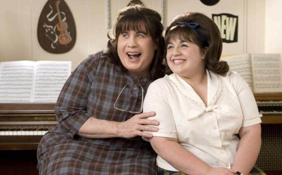 GODT VENNSKAP: I 2007 gjorde Nikki Blonsky braksuksess som Tracy Turnblad i filmen «Hairspray», hvor hun spilte mot blant andre John Travolta. De to ble gode venner også i virkeligheten. Foto: SF Norge AS.