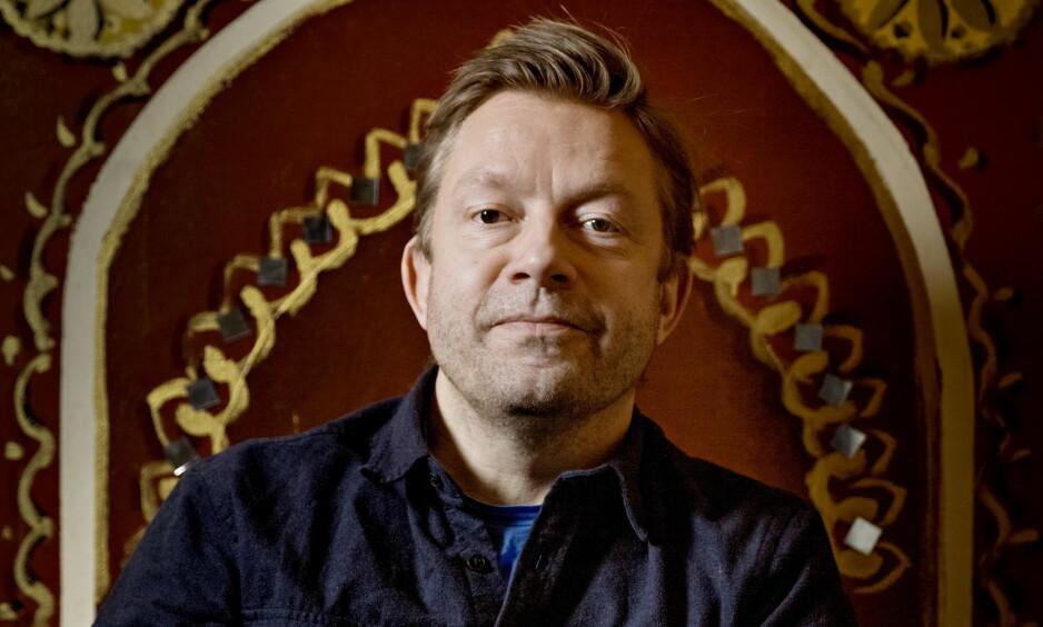 TEATERKLAR: Bjarte Tjøstheim får sin egen forestilling på Det Norske Teatret til høsten. Her fotografert i forbindelse med ny sesong av NRK-serien «Presten». Foto: Jørn H Moen / Dagbladet