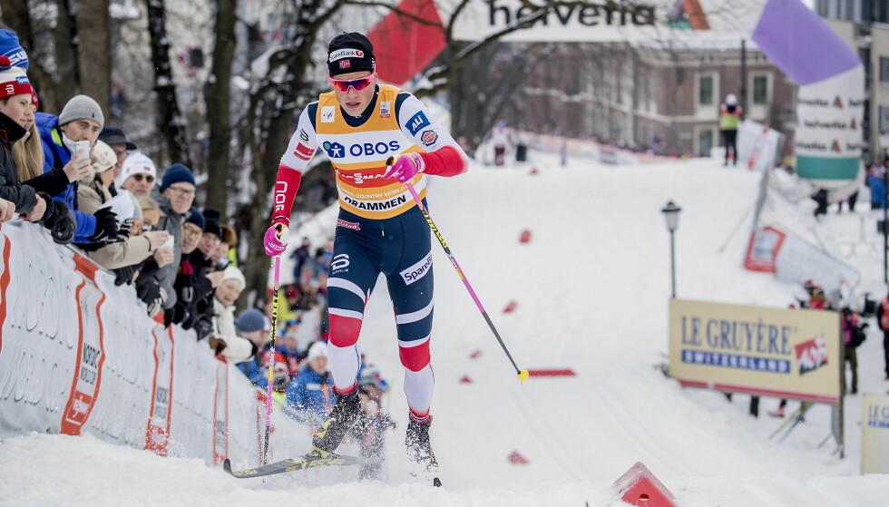 FOR RASK: Johannes Høsflot Klæbo på vei opp bakkene under prologen i årets Drammens sprint. Det er denne farten som forsvinner om klassisk sprint blir strøket fra konkurranseprogrammet i langrenn. FOTO: Bjørn Langsem / DAGBLADET