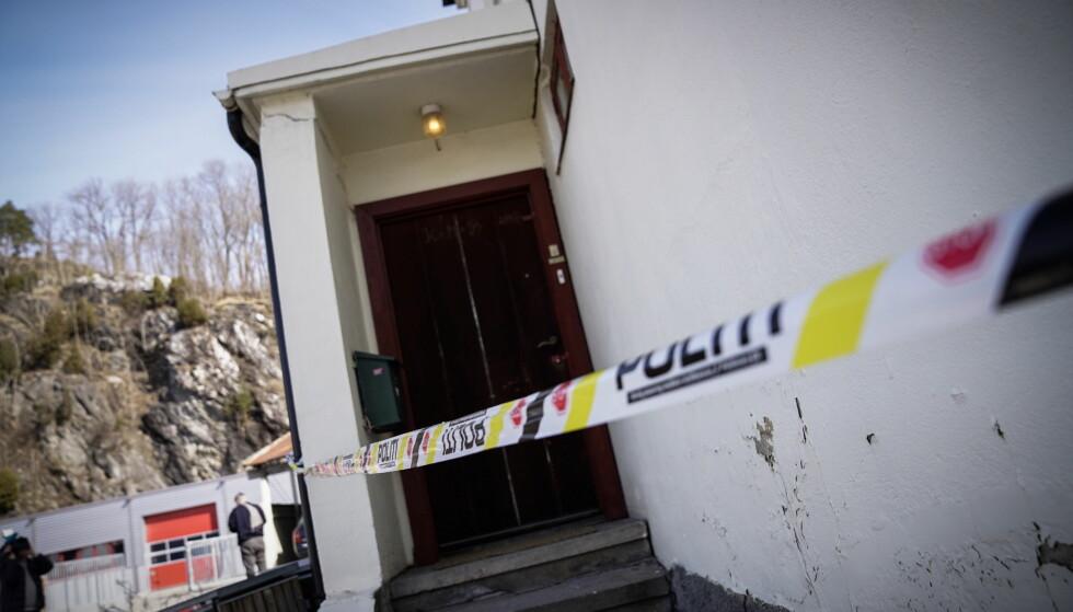 DØD: En kvinne ble mandag ettermiddag funnet død i sitt hjem på Notodden. Politiet i Telemark uttalte tirsdag at de ikke kan utelukke at de står overfor et drap. Nå skal en mann ha blitt pågrepet. Foto: Øistein Norum Monsen /Dagbladet