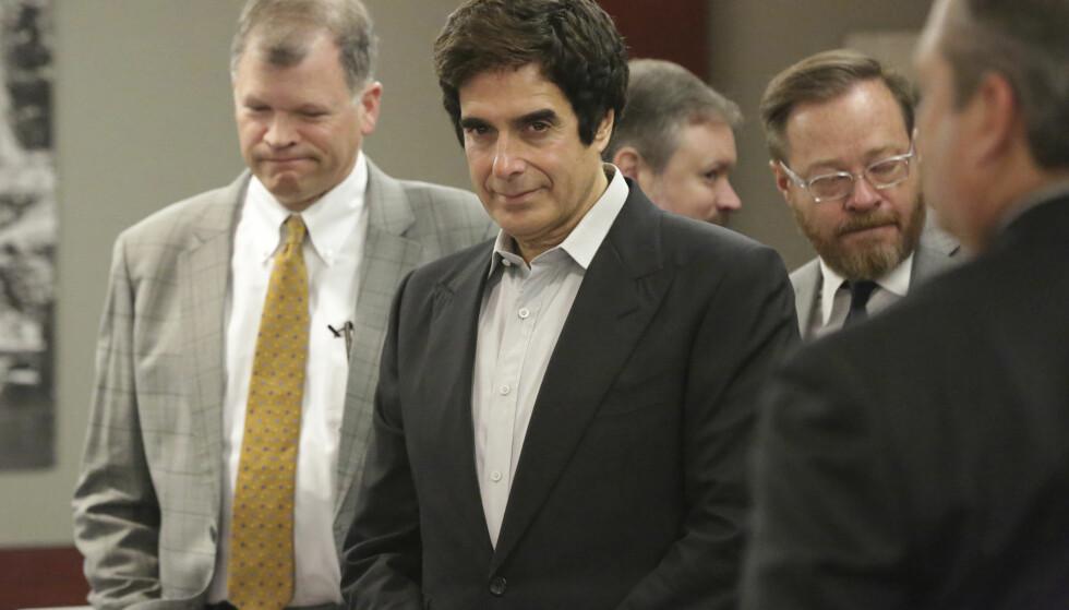 TILTALT: David Copperfield kan bli nødt til å avsløre sitt triks nå som han skal fortelle sin side av saken i retten. Foto: Michael Quaine / AP