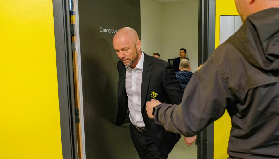 SKUFFET: Start-trener Mark Dempsey var et oppkok av følelser etter kampen. Foto: Tor Erik Schrøder / NTB scanpix