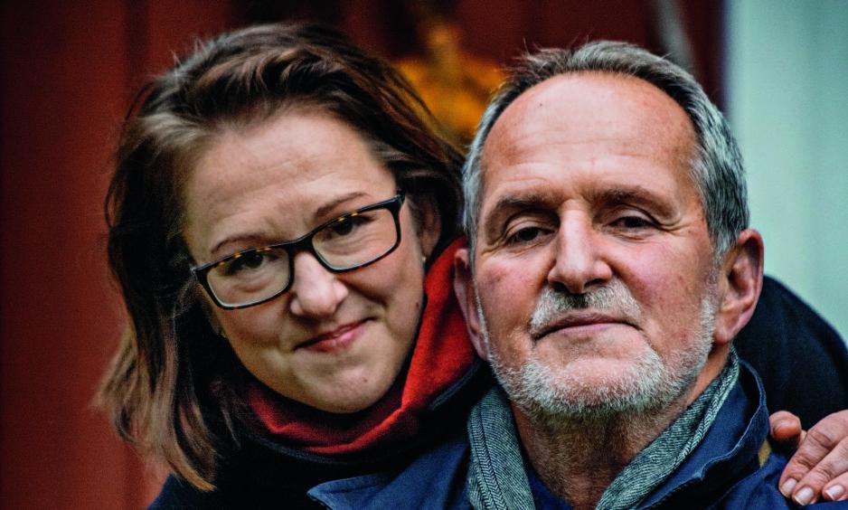 FAR OG DATTER: Jon og Marte Michelet hjemme på Larkollen. Foto: Jørn H Moen / Dagbladet