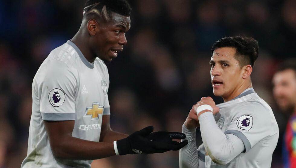 RISIKERER BENKEN? Paul Pogba og Alexis Sanchez kan bli benket. Foto: Reuters/Matthew Childs/NTB Scanpix