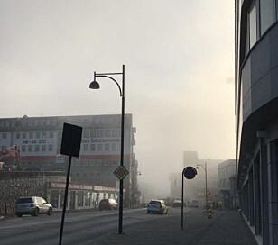 <strong>KANSELLERTE AVGANGER:</strong> En rekke avganger ved Bodø lufthavn ble kansellert på grunn av tåke tirsdag. Foto: Tipser