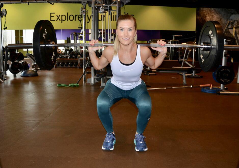 Ikke redd for å bruke krefter: Heidi Kristoffersen har trent styrke regelmessig i over 10 år, og er ikke redd for å løfte tungt. Foto: Kristin Roset