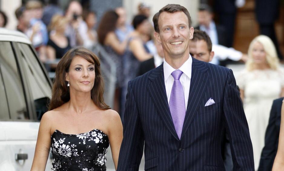 PÅ AVVEIE: Det var i fjor sommer at et nederlansk bildebyrå tok snikbilder av prinsesse Marie (42) og prins Joachim (48) under en ferietur til Frankrike, der førstnevnte solte seg toppløs. Foto: Lise Åserud / NTB Scanpix