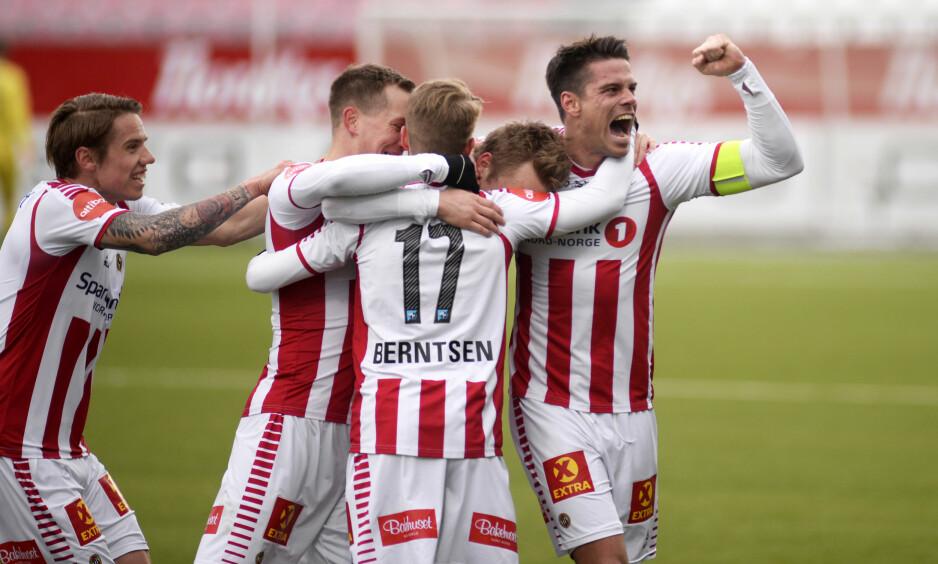 JUBEL: Tromsø var suverene og vant 4-1 over Sandefjord. Foto: Bertinussen, Rune Stoltz / NTB scanpix