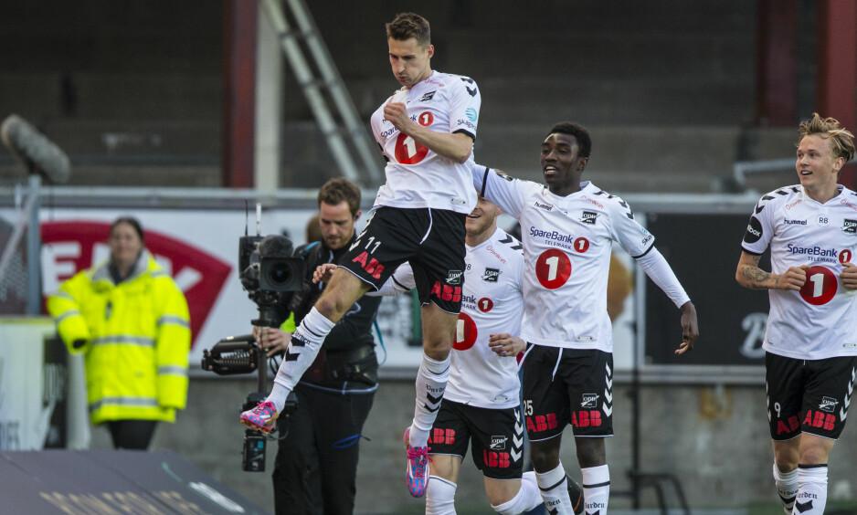 TO MÅL: Elbasan Rashani noterte seg for to scoringer i kampen mot Sarpsborg. Foto: NTB scanpix / Teigen, Trond Reidar