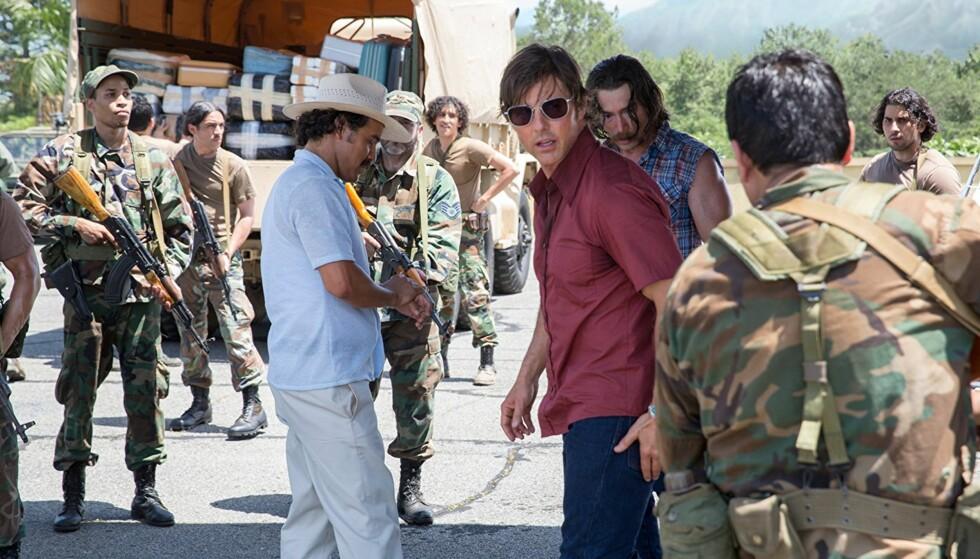 """TRØBBEL: Tom Cruise i hårfin diplomatisk balansegang som storsmugleren Barry Seals i filmen """"American Made""""."""