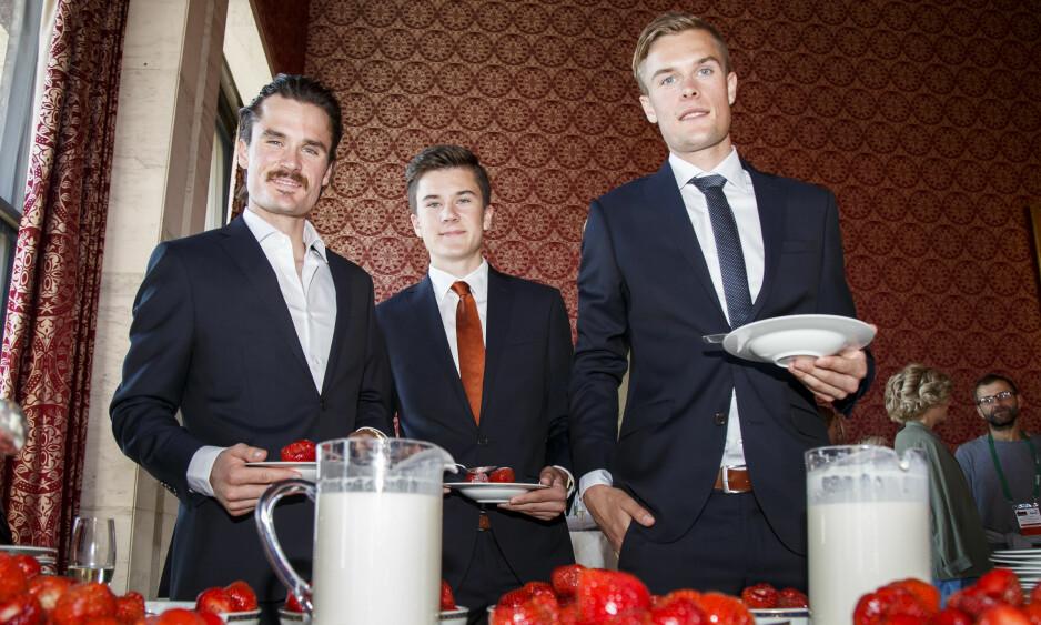 LØPEBRØDRENE: Henrik Ingebrigtsen, Jakob Ingebrigtsen og Filip Ingebrigtsen på det tradisjonelle jordbærparty foran Bislett Games. Foto: Heiko Junge / NTB Scanpix