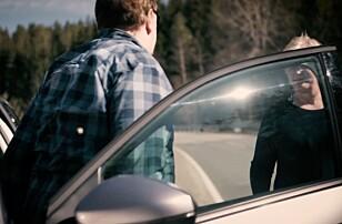 BYTT SJÅFØR: Selv om Peugeot 3008 SUV sier fra om sjåføren er i ferd med å sovne, er det alltid lurt å bytte på hvem som kjører.