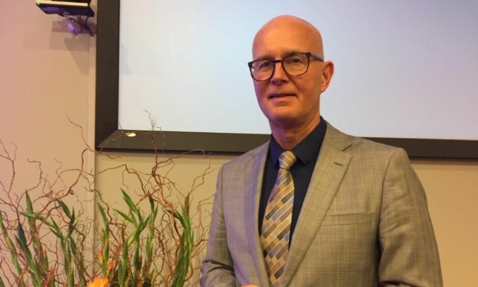 LEDELSESPROBLEM: Forteller helsedirektør Bjørn Guldvog under sin årlige helsetale. Foto: Jorun Gaarder