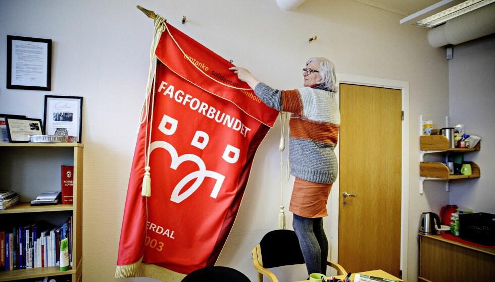 SAMHOLD OG SOLIDARITET: Lise Heggdal ser fram til at Trond Giske taler for henne og resten av fagbevegelsen på 1. mai. Foto: Nina Hansen
