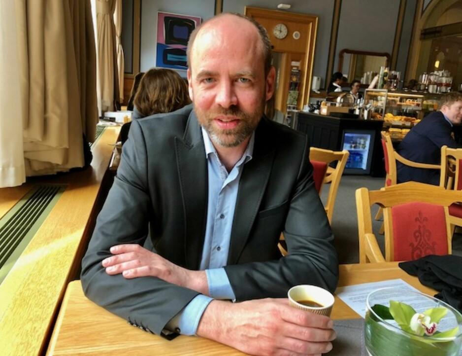KRITISK: Arild Grande, leder for arbeidslivspolitisk utvalg i Arbeiderpartiet, mener at Frp har lite å stille opp med overfor arbeidsfolk. Foto: Gunnar Ringheim / Dagbladet