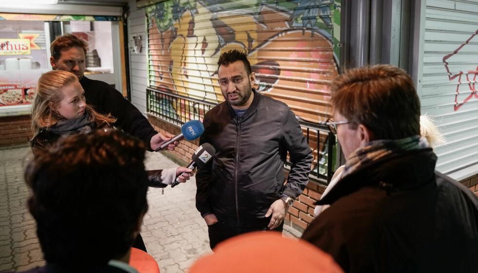 KRITISK: Fareed Kahn, som bor på Bislett på Oslos vestkant, mente mye om Vestli da han ble spurt av Christian Tybring-Gjedde om forholdene på stedet. Foto: Øistein Norum Monsen / Dagbladet