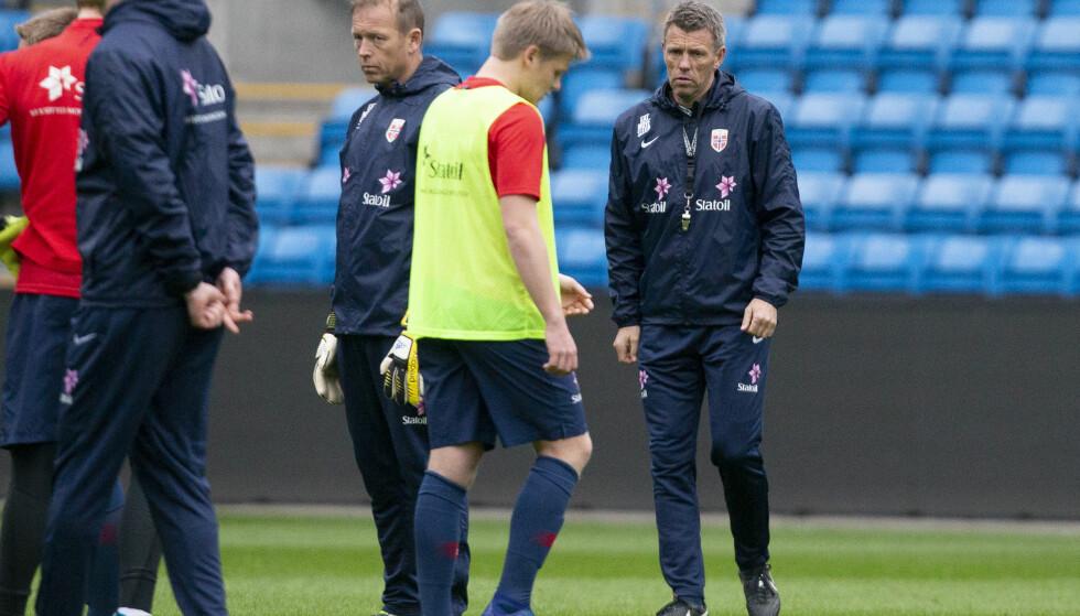 TØFF START: Gunnar Halle og G17-landslaget møter gullfavorittene allerede i første kamp. Foto: Fredrik Hagen / NTB scanpix