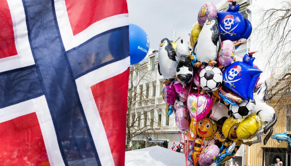 Minst 29 kommuner forbyr salg av heliumballonger 17. mai