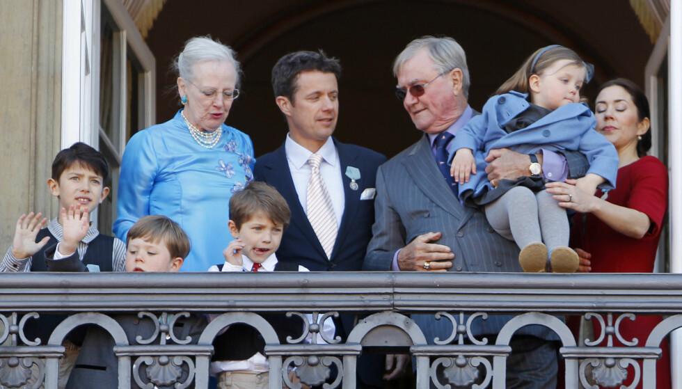REGNSKAPETS TIME: Det har vært et tøft år for det danske kongehuset, etter at prins Henrik gikk bort. Nå viser årsregnskapet et underskudd på flere millioner. Foto: NTB Scanpix