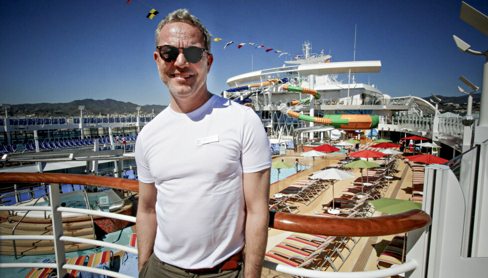 SALGSSJEF: Simen Opsahl er salgssjef for RCL i Norden, som i vår sjøsatte verdens største cruiseskip, Symphony of the Seas. I markedsføringen brker rederiet blant annet norske bloggere med mange følgere. Foto: Tormod Brenna