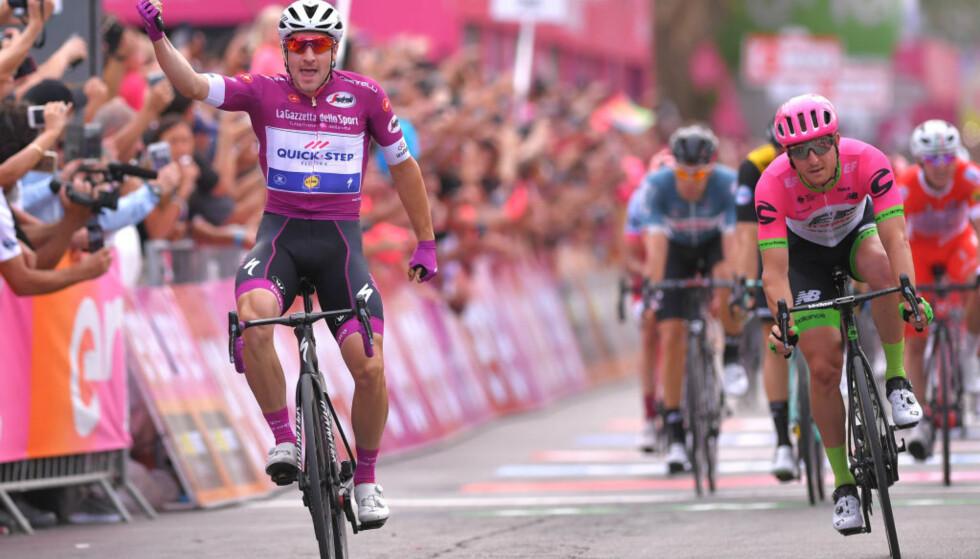 NY SEIER: Elia Viviani fortsetter sin fine sesong med sin andre etappeseier på rad i Giro d'Italia, da han vant den tredje etappen i Eilat. FOTO: Tim de Waele/Getty Images