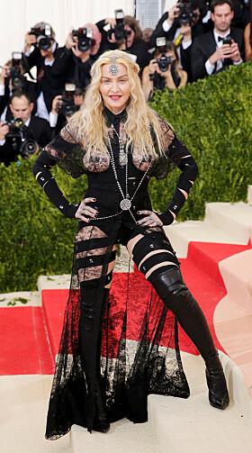 DRISTIG: Madonna skapte store overskrifter da hun viste rompa for andre gang på kort tid. Foto: NTB Scanpix