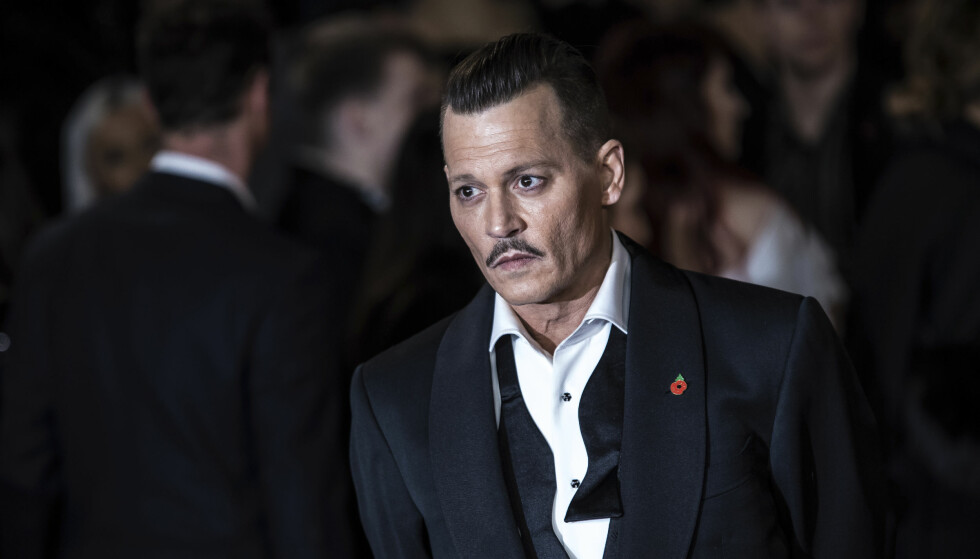 SAKSØKES: Hollywood-stjerna Johnny Depp, her fra premieren på «Mord på Orientekspressen» i fjor. Foto: Vianney Le Caer/Invision/AP / NTB scanpix