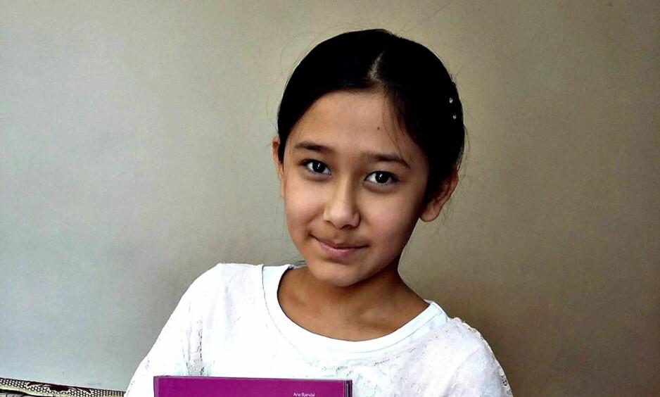 NY RUNDE: Det blir trolig en ny runde i retten om Farida-saken etter at støttegruppen til 12-åringen og familien nå har stevnet UNE. Foto: Privat.
