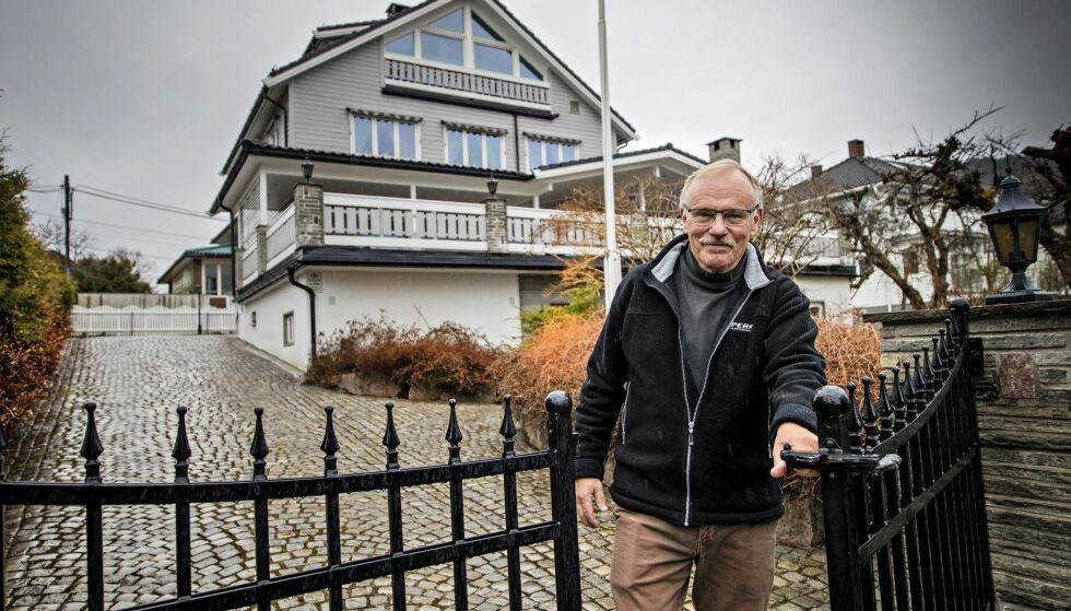OPPGITT: Øistein Dalby og kona har bodd i tomannsboligen på Grefsen i Oslo i 31 år og har betalt for mye eiendomsskatt siden skatten ble innført i Oslo i 2016. Han har sendt klage til kommunen, og purret flere ganger, men må fortsette å betale inn det samme beløpet inntil kommunen har behandlet klagen.