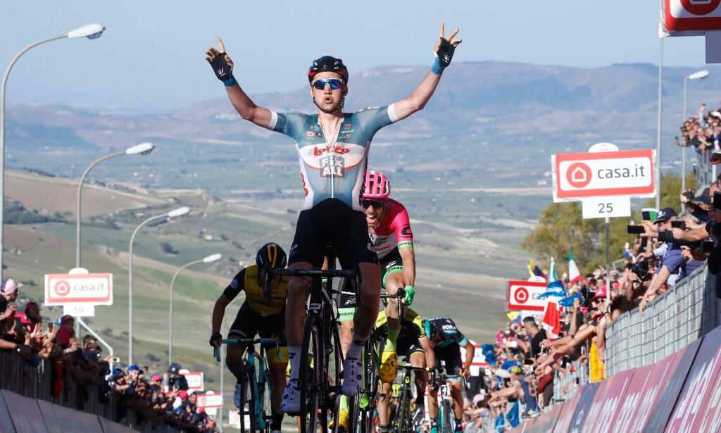 IMPONERTE: Tim Wellens tok fjerde etappe i Giro d'Italia. FOTO: AFP PHOTO / Luk Benies