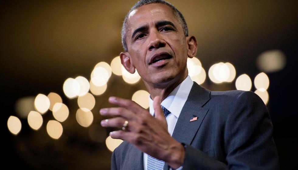 REAGERER: USAs tidligere president Barack Obama hadde Iran-avtalen som sin viktigste utenrikspolitiske sak. I en sjelden uttalelse skriver han i kveld at Trumps avgjørelse om å trekke landet fra avtalen er en alvorlig feil. Foto: AFP PHOTO / Brendan Smialowski