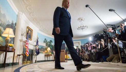 EGENRÅDIG: Donald Trump vil ordne opp på egen hånd. Eksperter fnyser av den strategien. Foto: NTB Scanpix