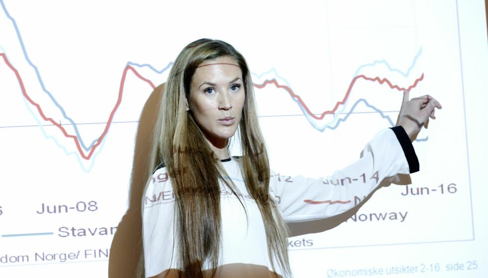 RENTE MÅ VENTE? Jeanette Strøm Fjære i DNB Markets mener risikoen har økt for at høstens renteøkning må utsettes. Foto: Gorm Kallestad/NTB scanpix