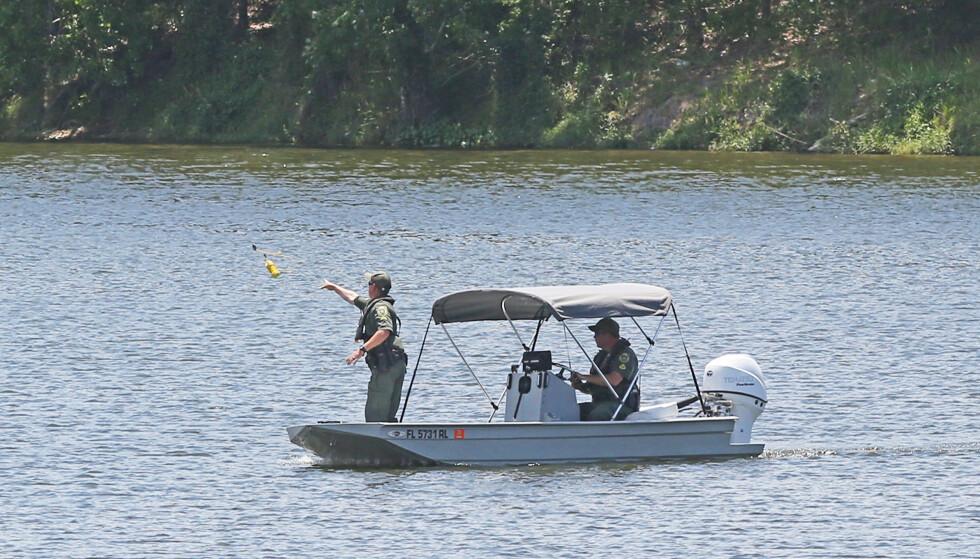 DØDE: Politiet har funnet en død person i det samme vannet der et vitne hevdet å ha sett en tenåringsgutt forsvinne under vann. Ifølge lokalkjente er det flere alligatorer i vannet. Foto: Red Huber/Orlando Sentinel/TNS/Sipa USA/NTB Scanpix