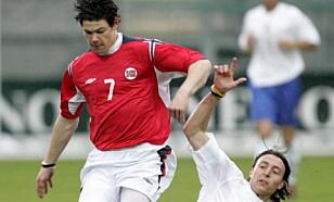 STORTALENT. Daniel Fredheim Holm lekte seg med Italias Riccardo Montolivo på U-landslag, men Montolivo er den store stjernen i dag. Foto: Bjørn Sigurdsøn / SCANPIX