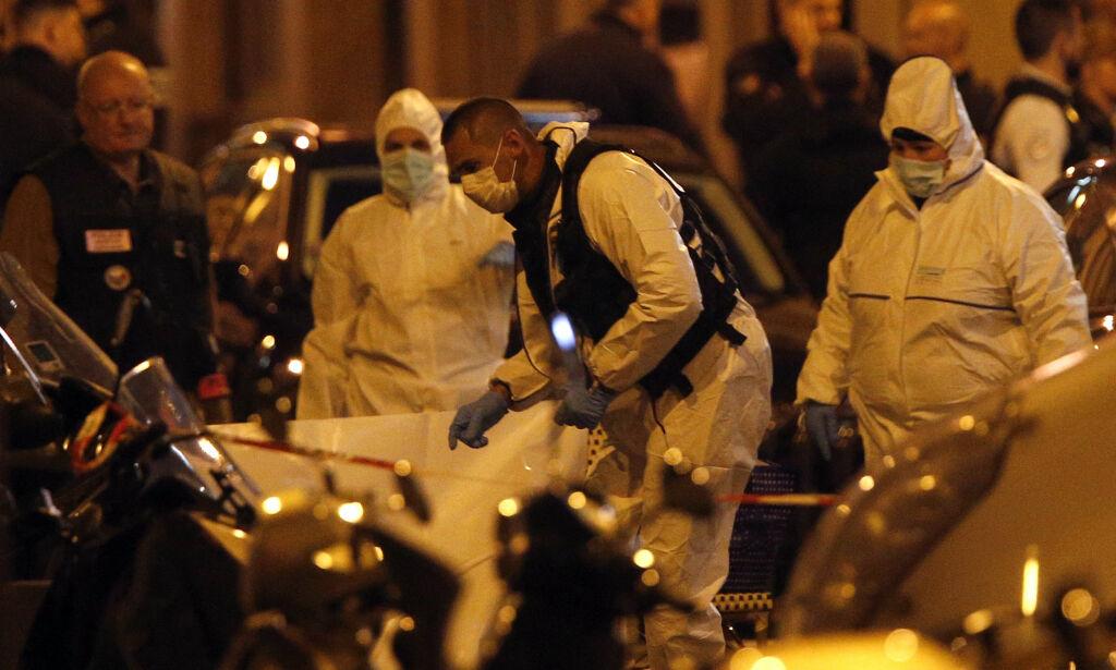 image: Én drept og flere skadd i knivangrep i Paris
