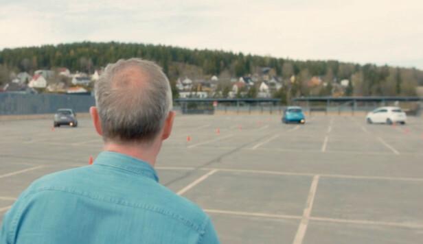 VELDIG JEVNT: Programleder Per Henrik Stenstrøm sto klar med stoppeklokka for å kåre vinneren.