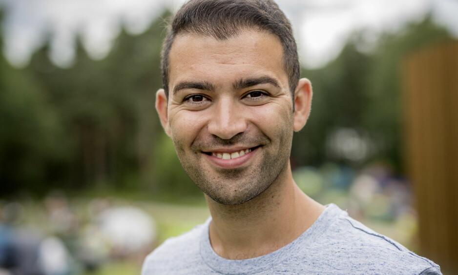 BLE PAPPA: AUF-leder Mani Hussaini har all grunn til å smile om dagen. Torsdag ble han og kona foreldre for første gang. Foto: Anita Arntzen / Dagbladet