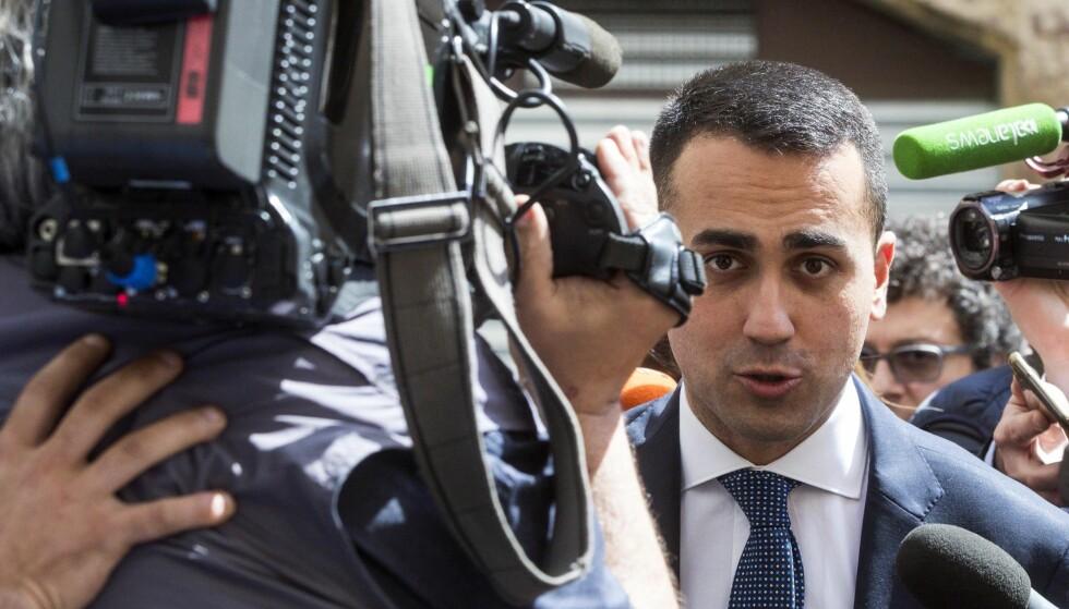 ENIGHET: Femstjernersbevegelsen i Italia, her ved partileder Luigi Di Maio, opplyser at partiet har blitt enige med Ligaen om å danne regjering. Foto: AP / NTB scanpix