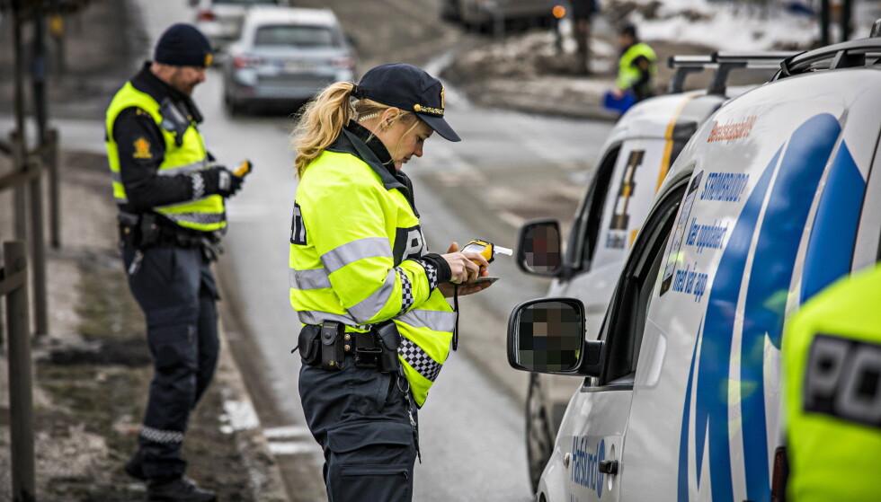 PROMILLEKONTROLL: Politiet avholder jevnlig promillekontroller, som her på Sinsen i Oslo. Foto: Jø¸rn H Moen / Dagbladet